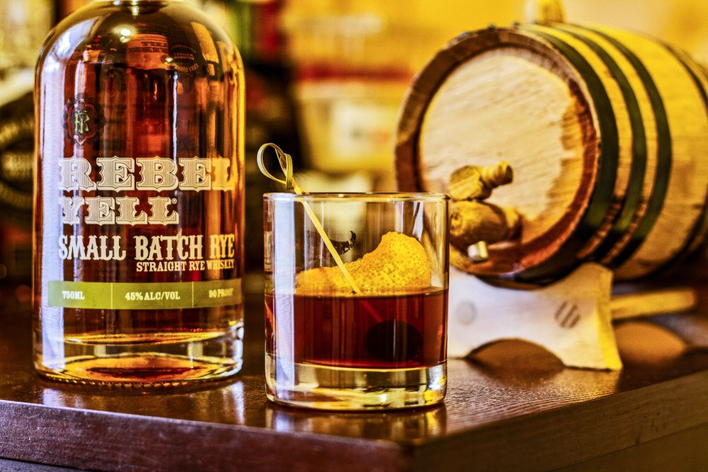 6 Steps to Making a Barrel-Aged Cocktail